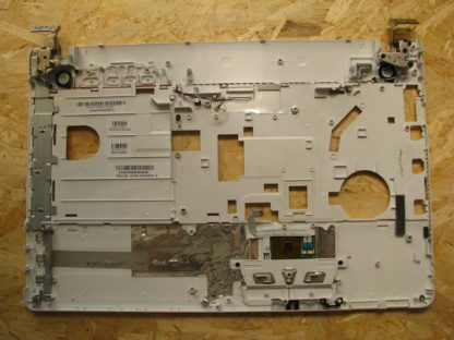 uppercase-sony-vaio-PCG-71811M-TN-3713BX-back