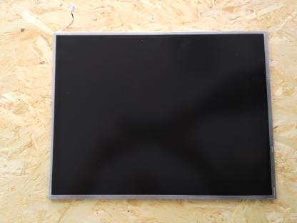 display-lcd-15-lp150x09