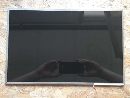 display-154-hP-550-LTN154AT07-front